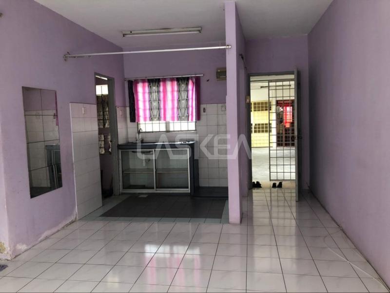 Apartment for Sale 3r2b 750 sqft at Taman Puncak Kinrara, Puchong, Selangor