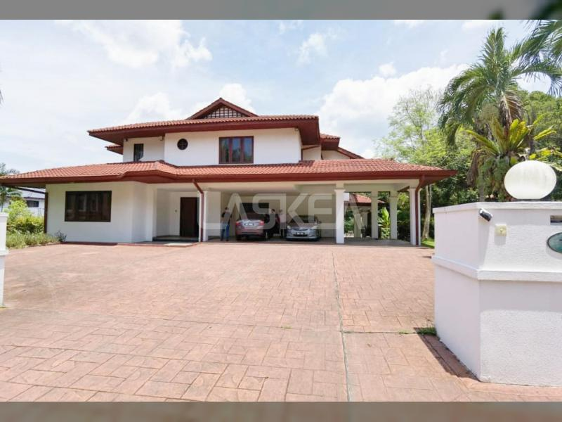 BEVERLY ROW BUNGALOW @ IOI RESORT CITY FOR RENT