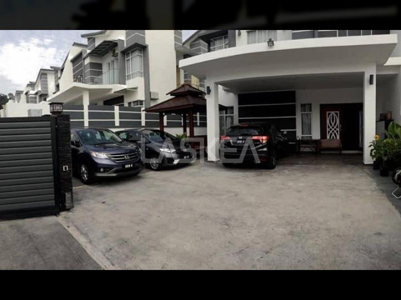 Semi-d 2sty for Sale 5r6b 4,480 sqft at Semi-d Greenhill, Seksyen U10 Shah Alam, Shah Alam, Selangor