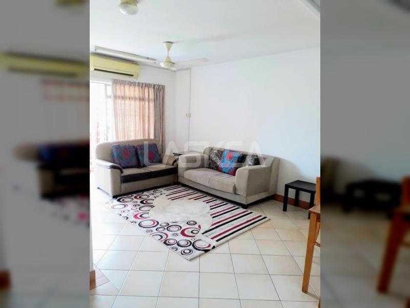Condominium for Sale 2r2b 851 sqft at Perdana Exclusive, Damansara Perdana, Selangor