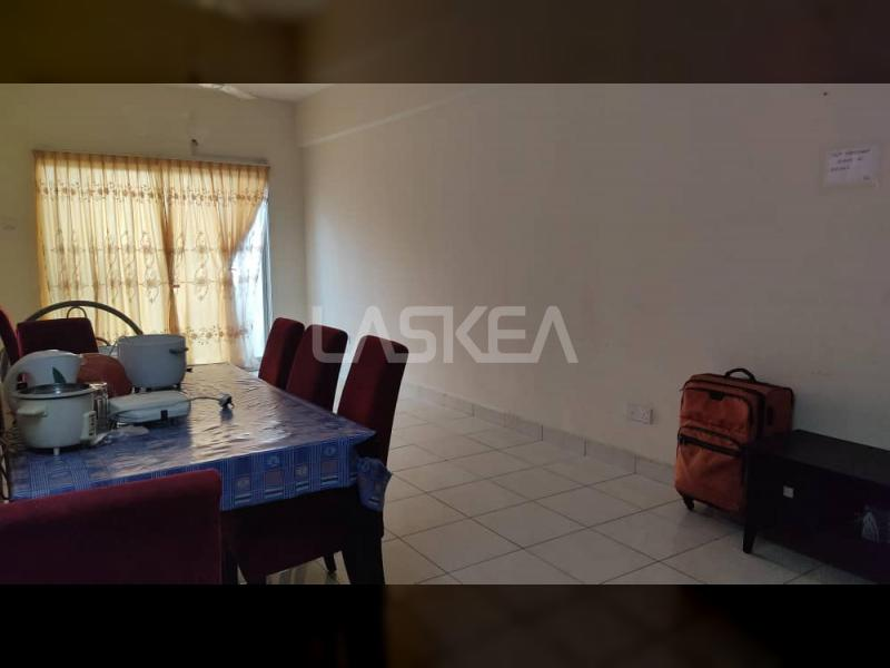 Asking Price : RM 350,000.00 Location: PANGSAPURI DAMAI SRI MUDA SECTION 25, SHAH ALAM, SELANGOR