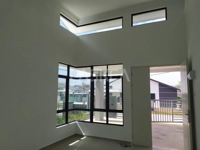 Asking Price : RM 379,000.00 Location: TAMAN VISTA BELIMBING, DURIAN TUNGGAL, MELAKA